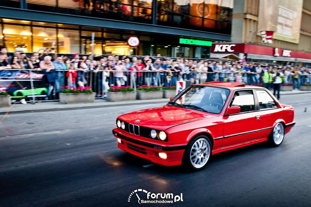 BMW E30 - 343 KM, 365 NM