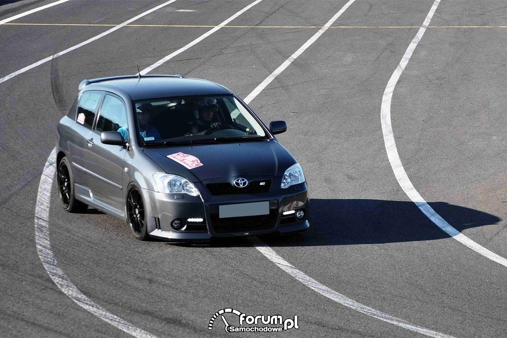 Toyota Corolla - 192 KM, 180 NM