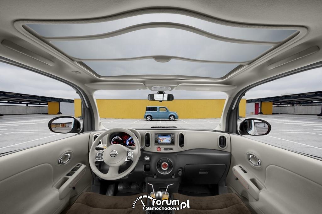 Nissan Cube III, wnętrze