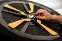 Nissan Juke 5, alufelga, pełnowymiarowa makieta w technice origami