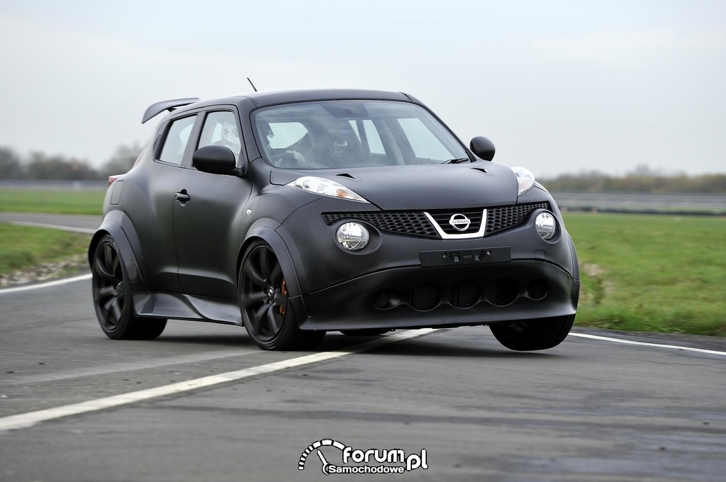 Nissan Juke-R – Norway Ice Track