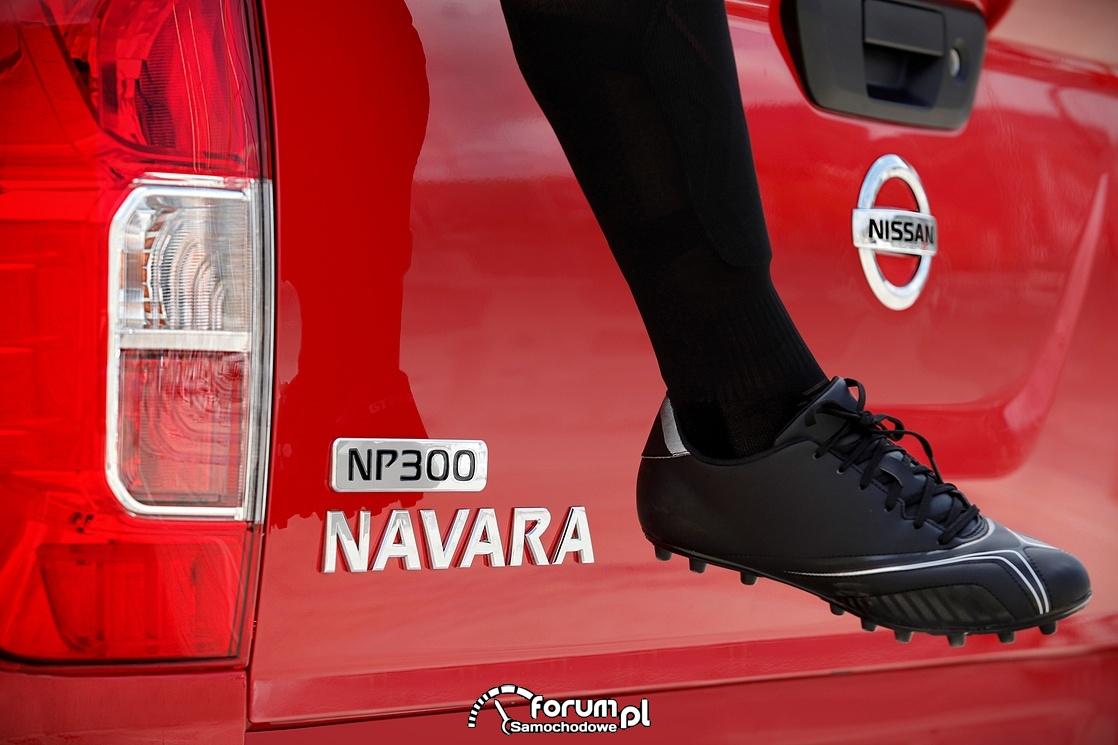Nissan NP300 Navara, tył