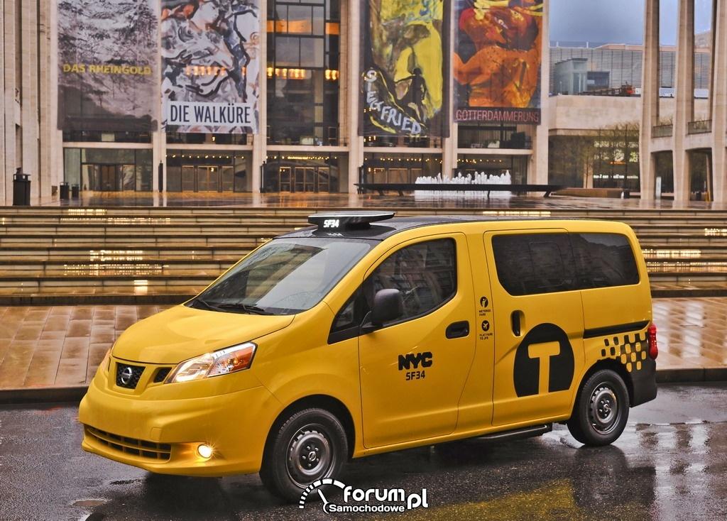 Taksówka Przyszłości Nissan NV200 - Nowy York, 1