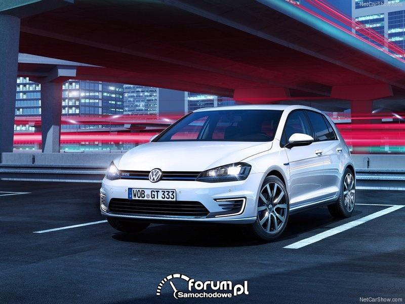 Volkswagen Golf Alltrack (2015)