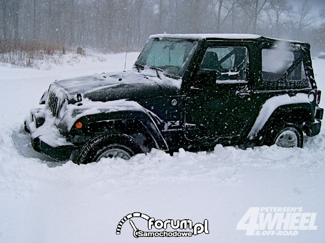 Off Road 4X4 Truck Whoops Jeep Wrangler Snow