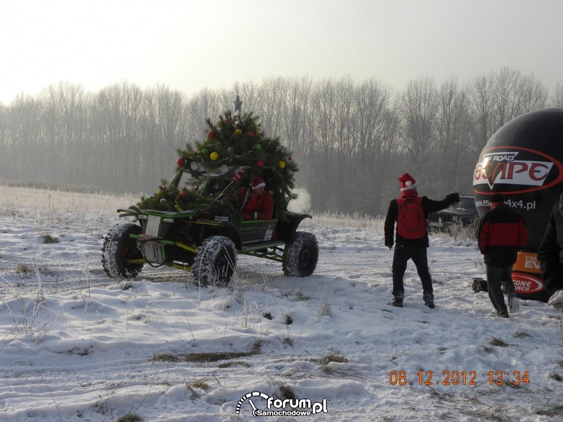 Świąteczny Off-road, jazda z bombkami