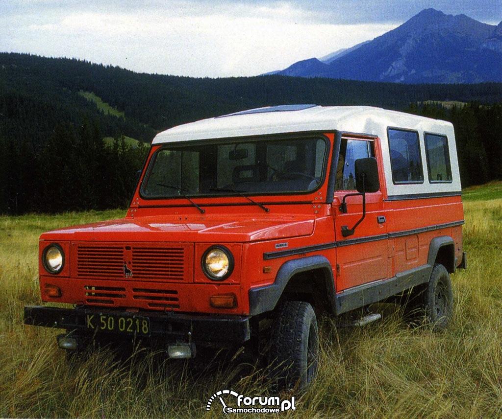 Modne ubrania Samochody terenowe - od połowy lat 70 do dziś : Ciekawe publikacje KY23