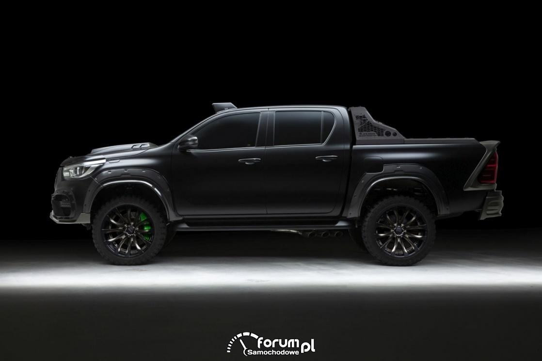 Toyota Hilux Sports Line Black Bison Edition, bok