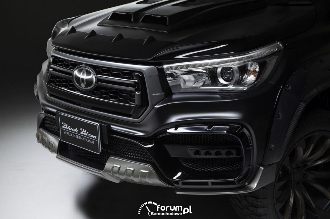 Toyota Hilux Sports Line Black Bison Edition. design przedniego grila
