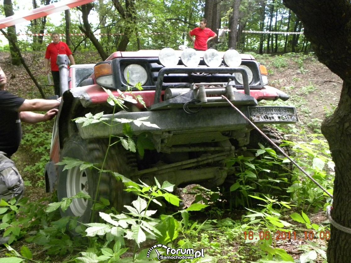 Toyota Land Cruiser na wyciągarce