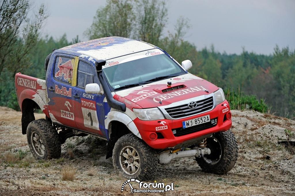 Treningowa Toyota Hilux Adama Małysza, off-road