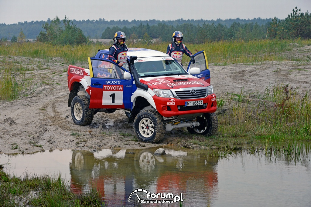 Trening Toyotą Hilux przed Rajdem Dakar 2014: Małysz, Marton