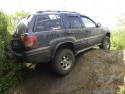 Zawieszony Jeep Grand Cherokee