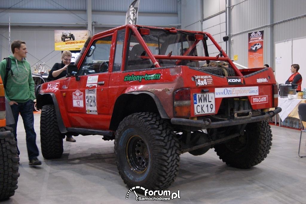 Nissan Patrol GR Y60, Zielony Team, 2