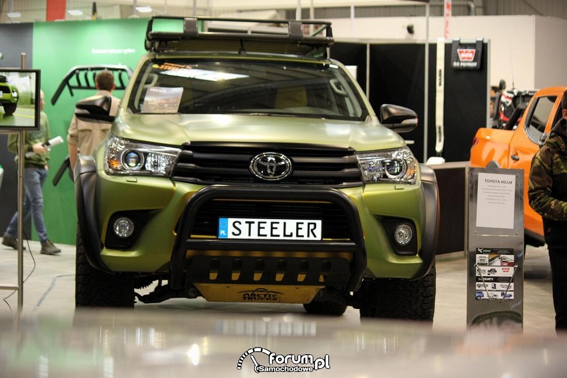 Toyota Hilux, przód