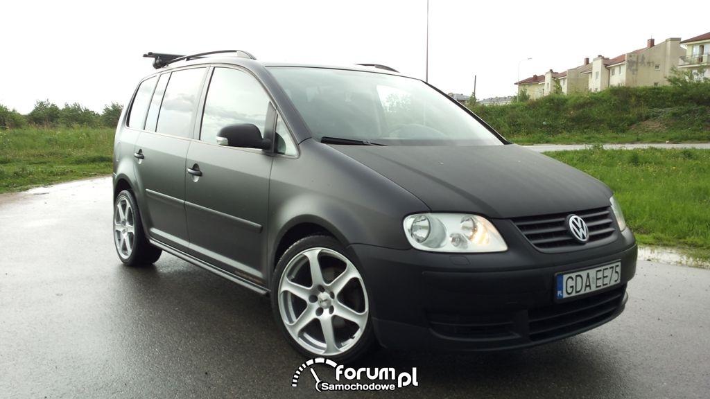 VW Touran zmiana koloru czarny Mat