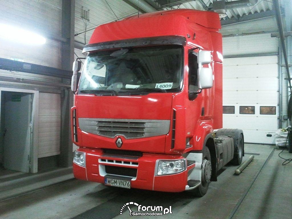 Zmiana koloru Ciągnik siodłowy Renault