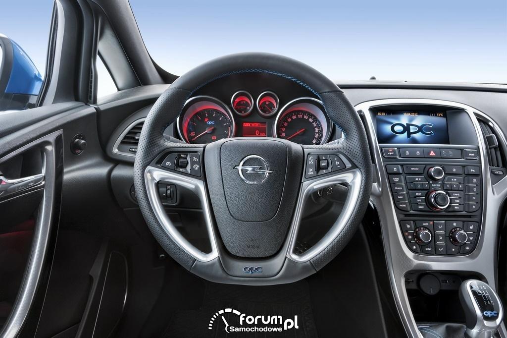 Opel Astra OPC, deska rozdzielcza