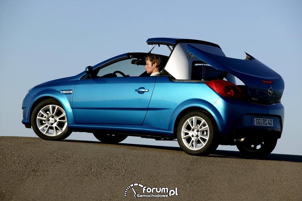Opel Tigra TwinTop B, bok