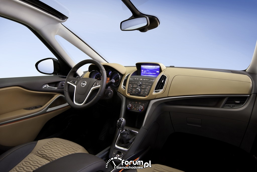 Opel Zafira Tourer, wnętrze