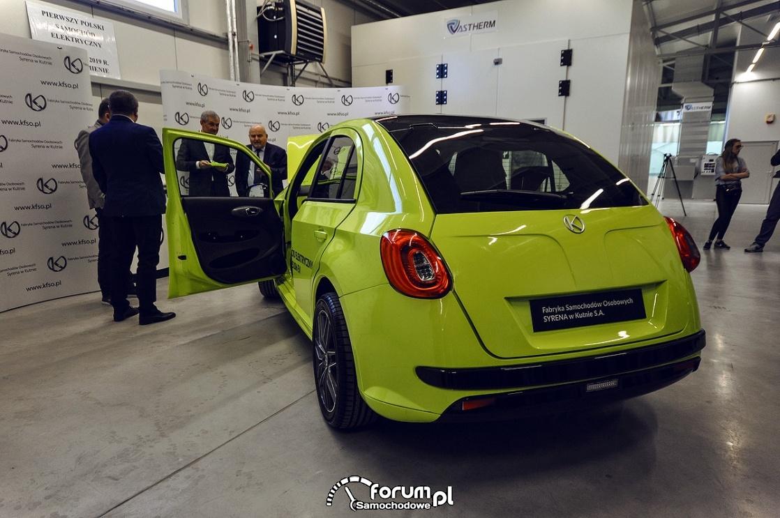 Polski samochód elektryczny Vosco S106EV, tył