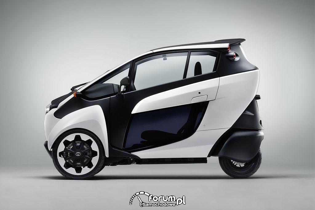 Toyota i-Road, bok