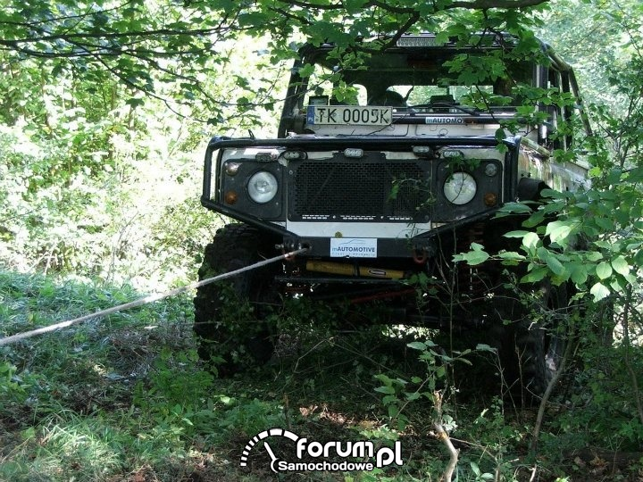 Land Rover Defender 90 - zdjęcie 9