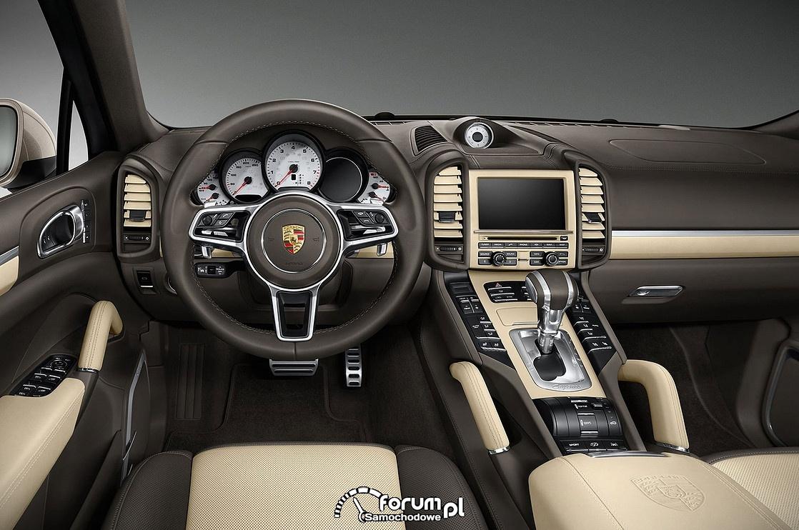Porsche Cayenne GTS Turbo, wnętrze, kierownica
