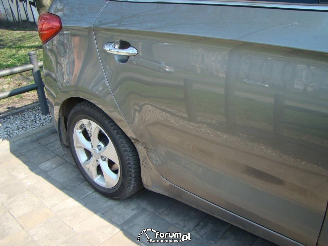 Kia Carens - czy samochód po stłuczce to dalej auto bezwypadkowe?