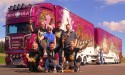 Ciężarówka Madonna i jej załoga Ristimaa Trucking