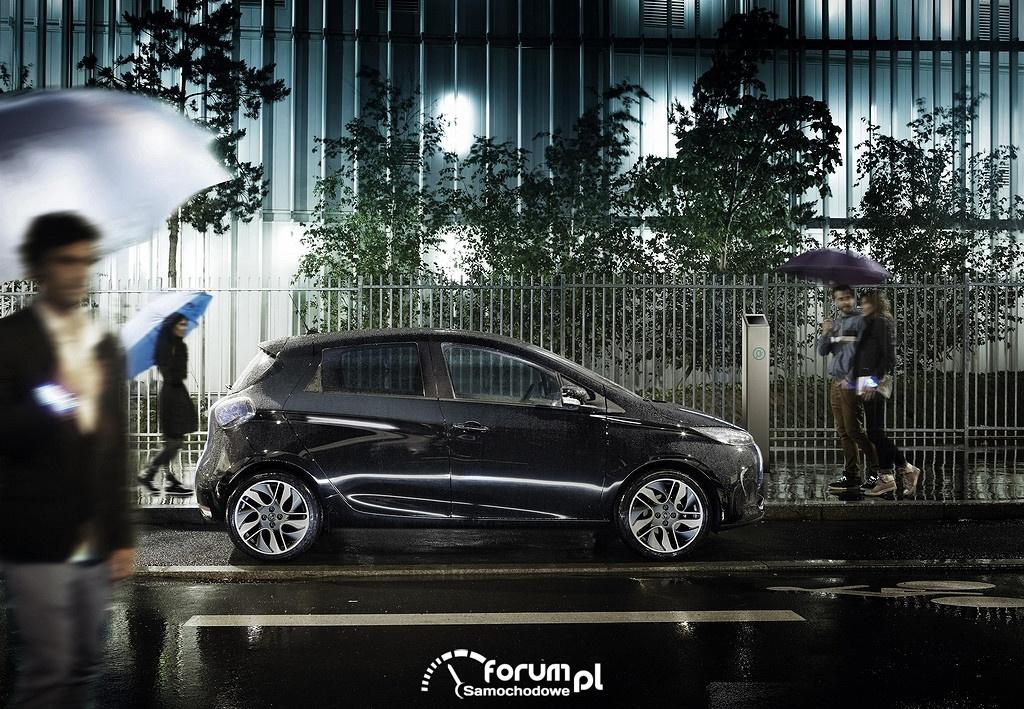 Pieszy w deszczu, Renault ZOE