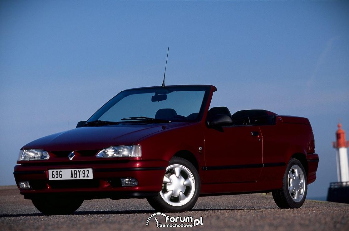 Renault 19 cabriolet model 1995