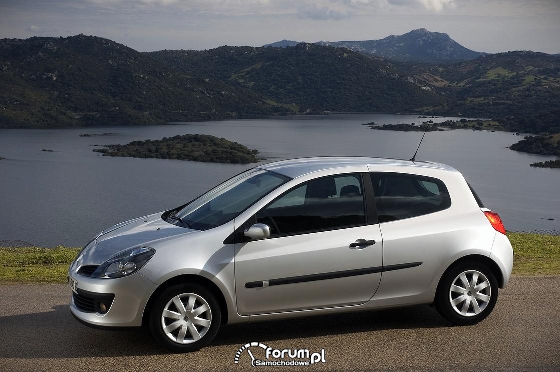 Renault Clio 3, bok