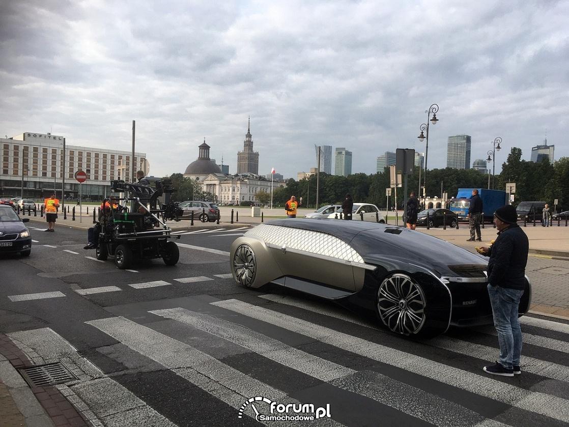 Renault EZ-ULTIMO, na pasach, Warszawa