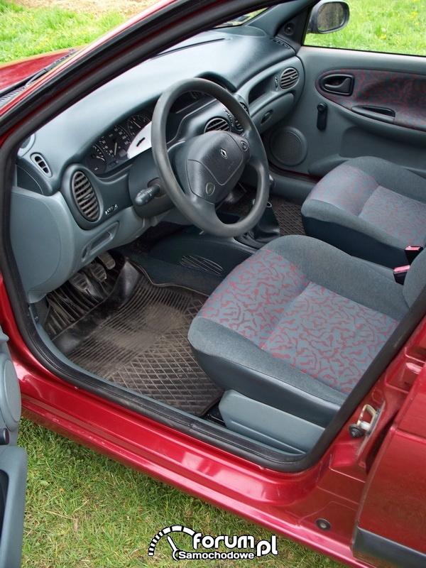 Renault Megane I - wnętrze