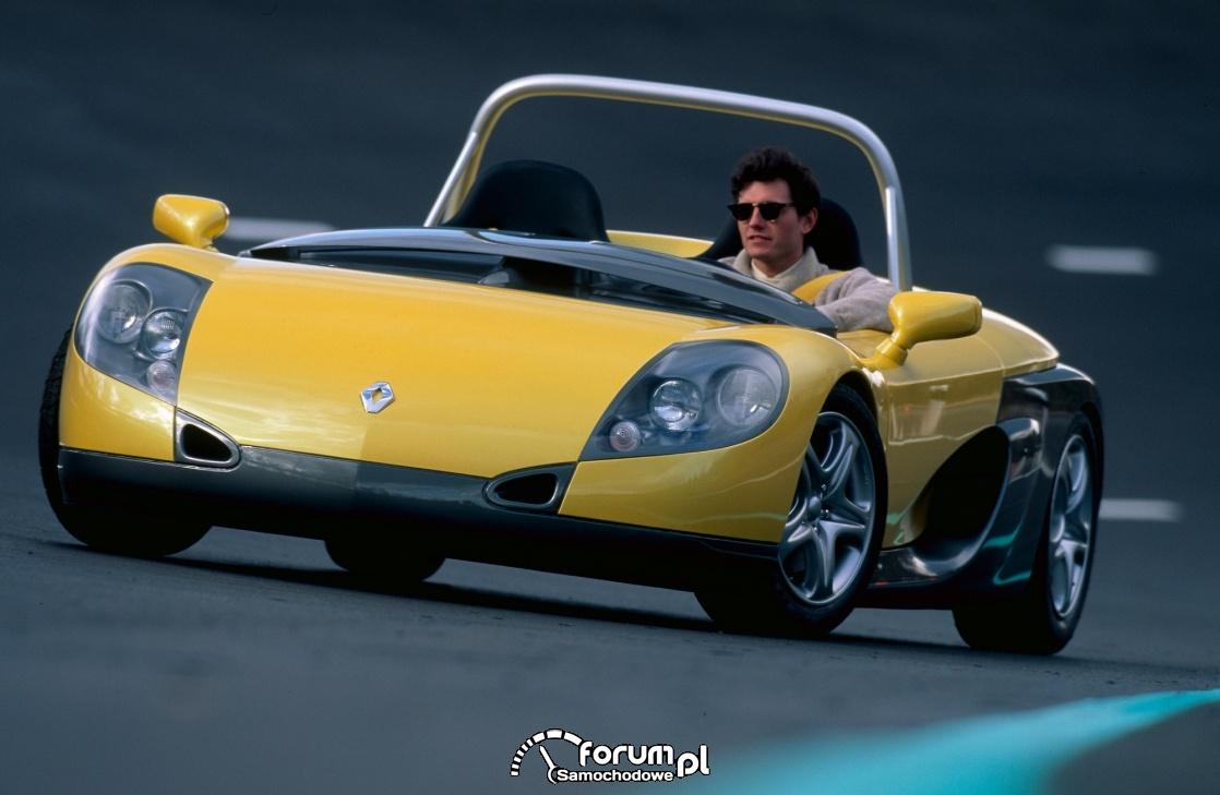 Renault Spider, przód