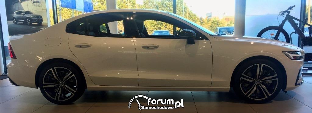 VOLVO S60III T5 250KM R-DESIGN AWD