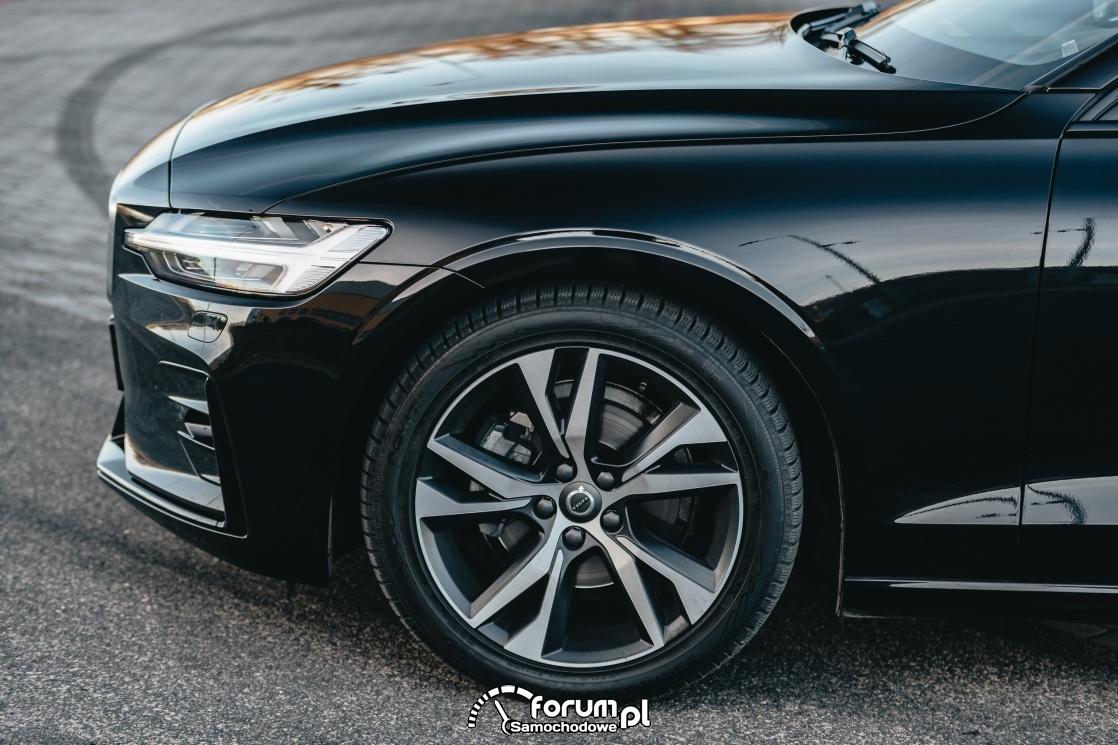 "Volvo V60 D4 190KM R-Design, alufelgi 18"" 5 Double Spoke Matt Black Diamond Cut"