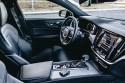 Volvo V60 D4 190KM R-Design, sportowe fotele i luksusowe wnętrze