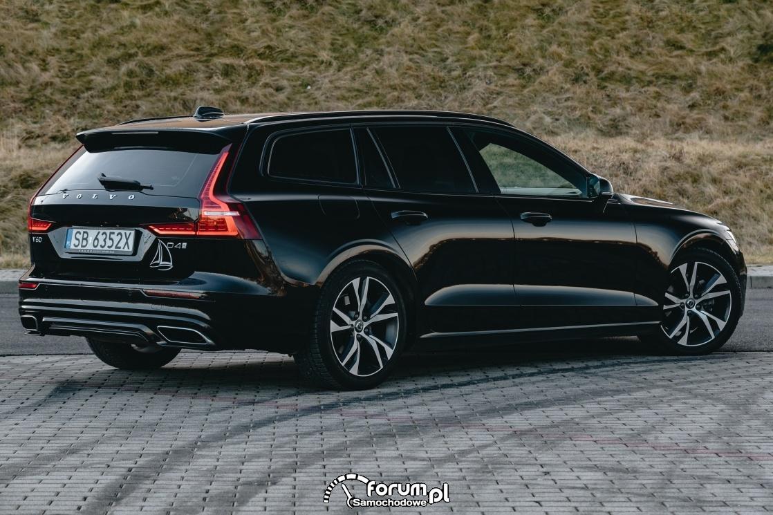 Volvo V60 D4 190KM R-Design, tył