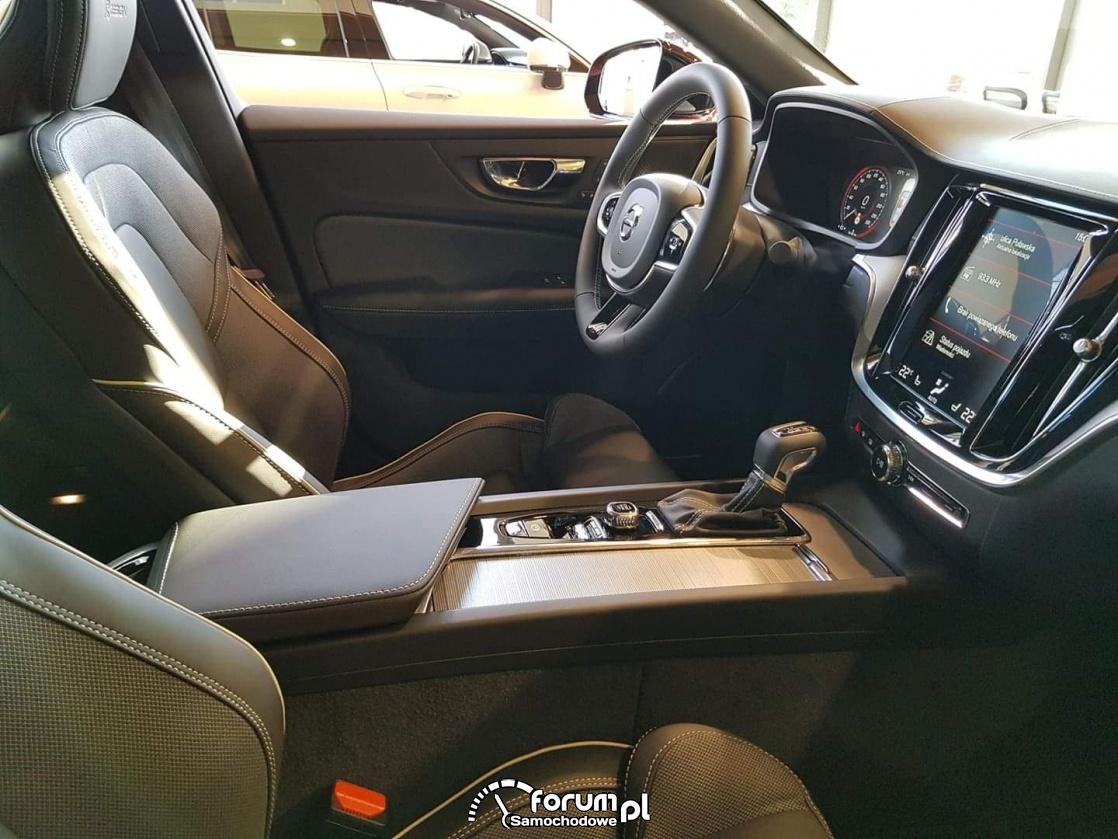Wnętrze samochodu Volvo