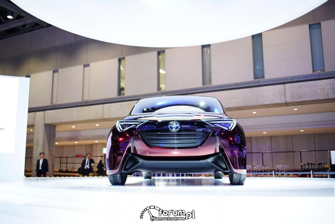 Toyota Fine-Comfort Ride, samochód wodorowy, przód