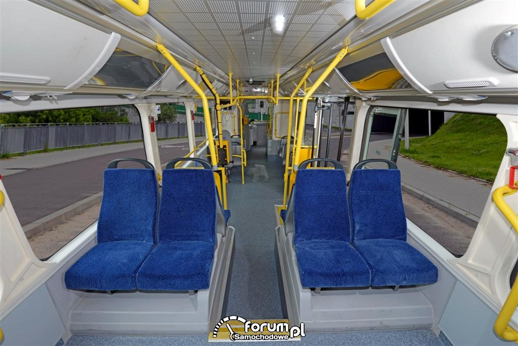 Elektryczny autobus BYD kursuje w Warszawie