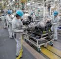Mitsubishi Fuso, montaż osi napędowej w fabryce