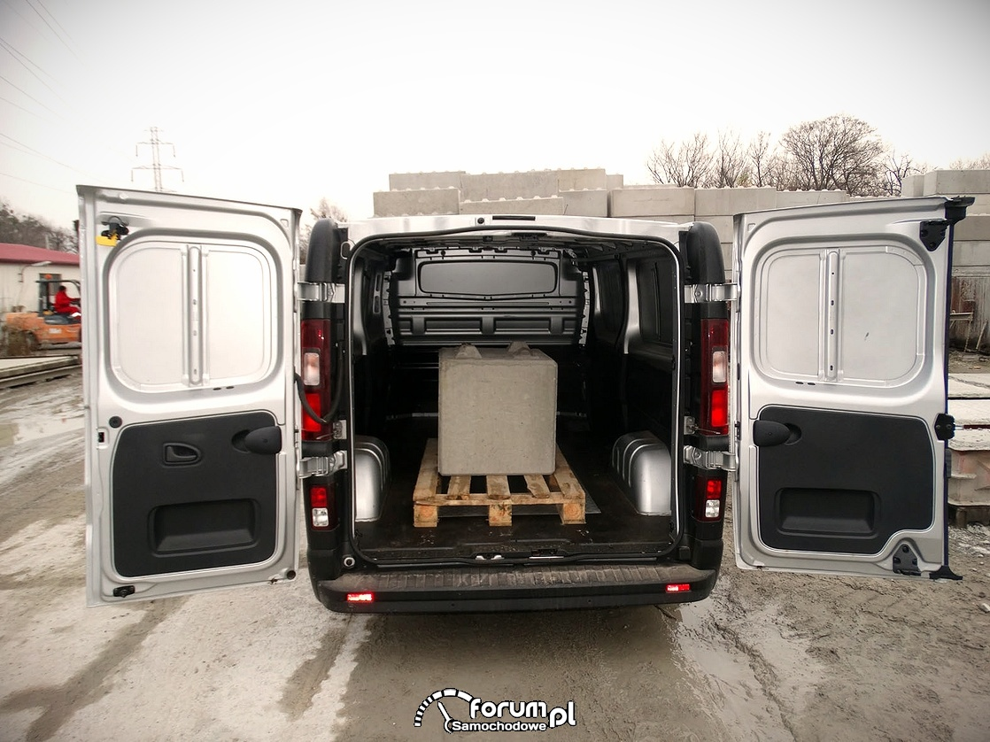 Renault Traffic, przestrzeń ładunkowa, obciazenie 520 kg