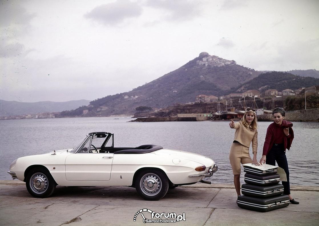 """Alfa Romeo 1600 Spider """"Duetto"""", 1966 rok"""
