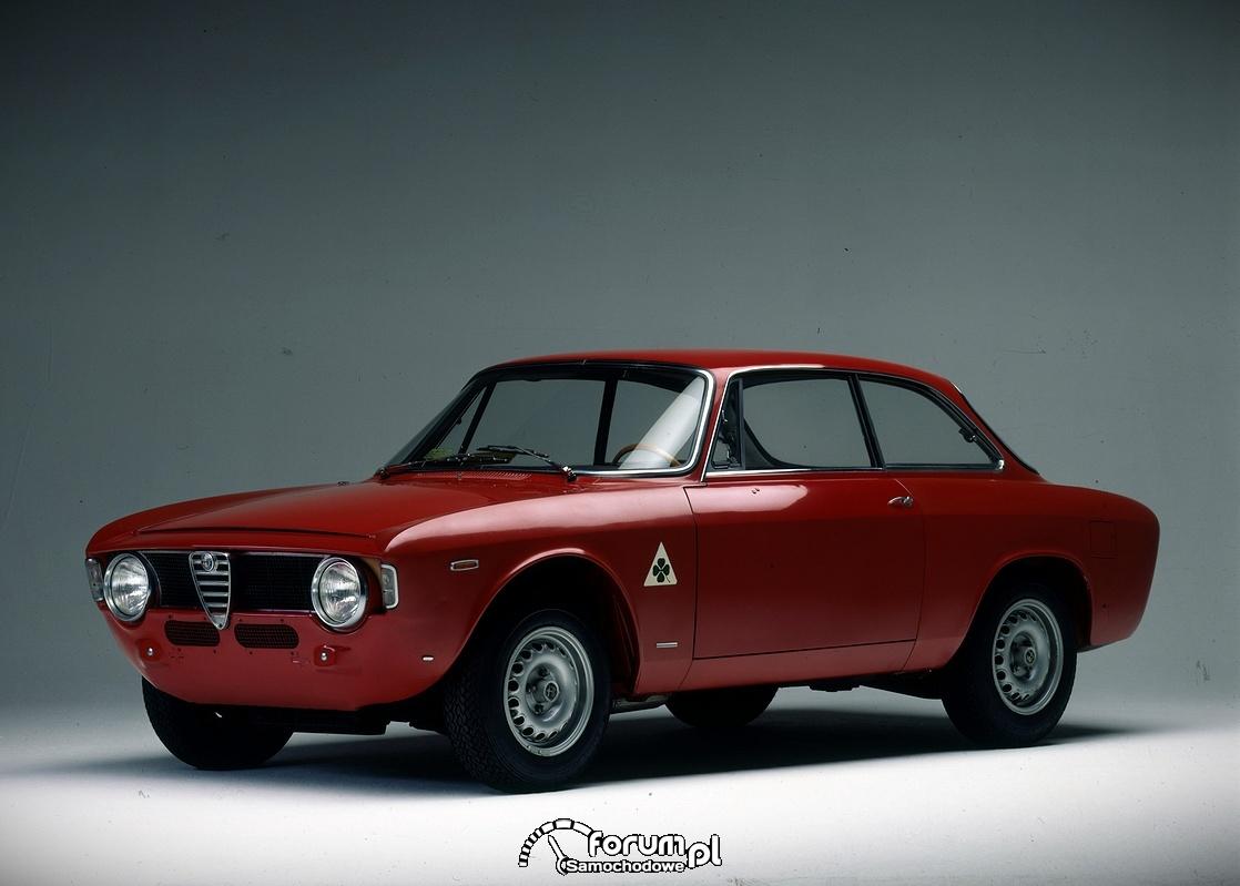 Alfa Romeo Giulia GTA 1965 rok