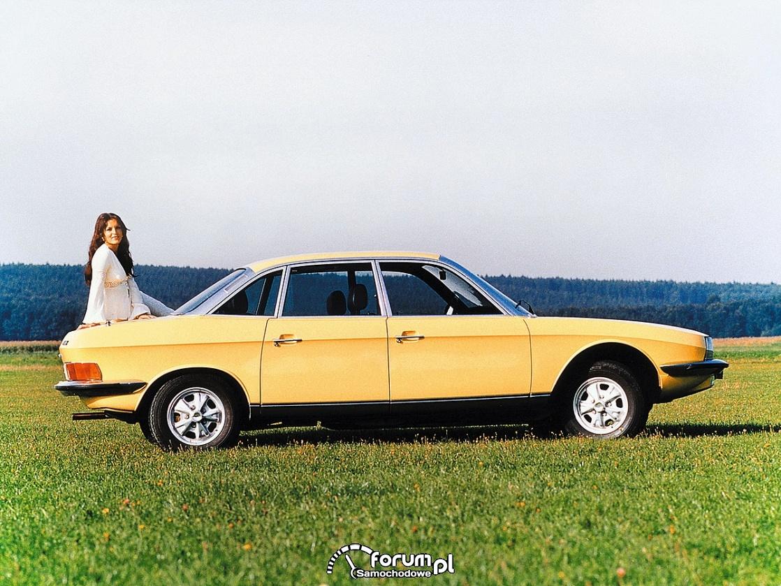 Audi 100 CS, 1982 rok