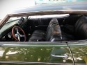 Chevrolet Impala 350, czarna skóra we wnętrzu