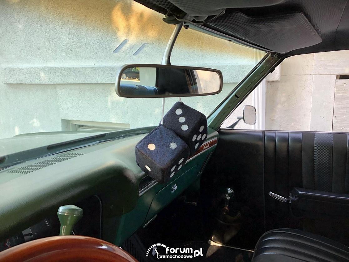 Kotki do gry na lusterku, Chevrolet Impala 350